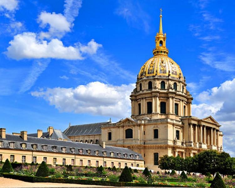 Tajemství Paříže aVersailles